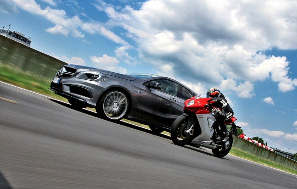 "Mercedes AMG & MV Agusta ""as a love is born"""